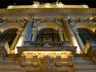 Teatros y cines