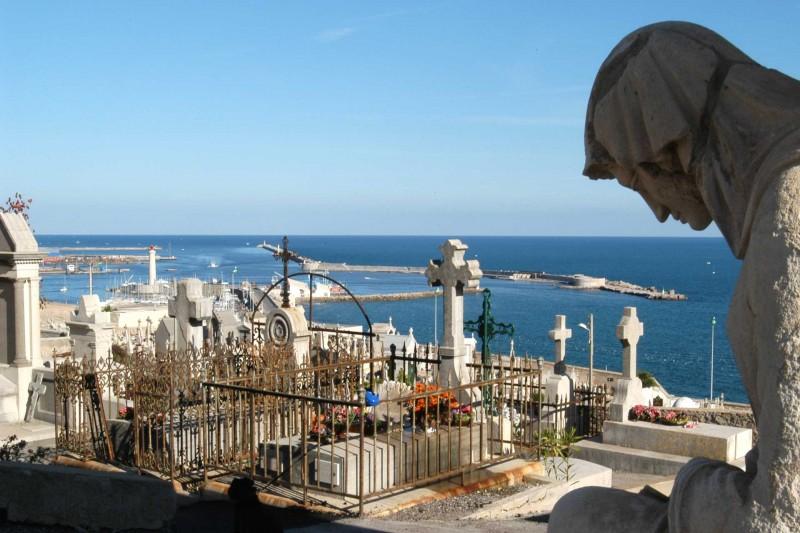 Cimetière Marin, Friedhof am Meer