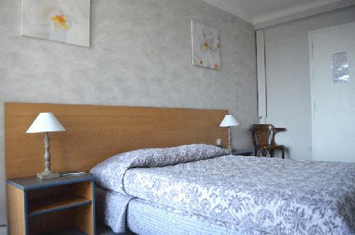 Hotel-Le-Regina-Sete-cham1