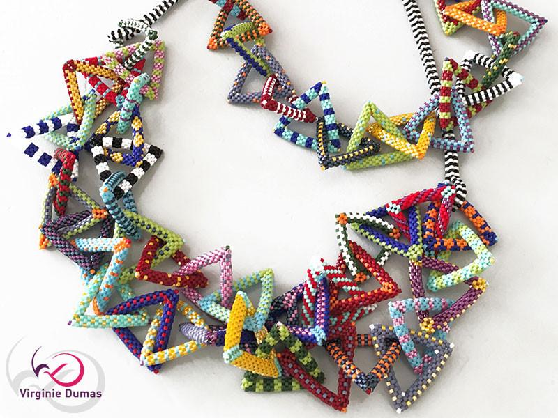 WEB-07-Collier-Triangles-en