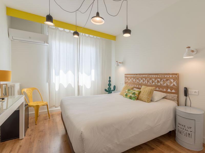 WEB-Hotel-imperial-sete-chambre-double-blanche-et-jaune