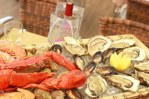 restaurant-la-calanque-sete-plateau-fruits-de-mer