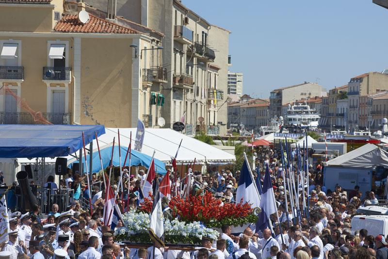 Fete-pecheurs-procession-saint Pierre Sete - © R. Baras