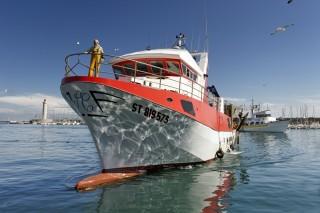 port-bateau-rouge-et-blanc-jp-degas-2014-copier-2513